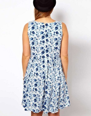 Image 2 of ASOS CURVE Exclusive Skater Dress in Blue Floral
