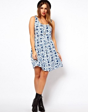 Image 4 of ASOS CURVE Exclusive Skater Dress in Blue Floral