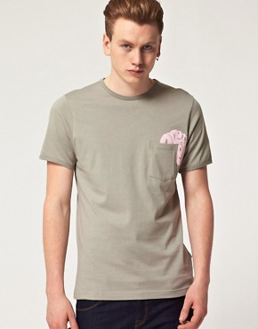 Bild 1 von Pretty Green by Liam Gallagher  T-Shirt mit Tasche mit Logo