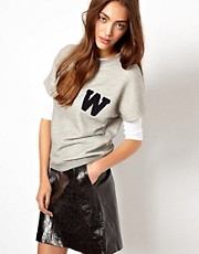 Sudadera universitaria con letra de Whistles