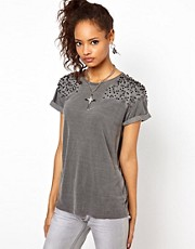 Religion Stud Shoulder Amber T-Shirt