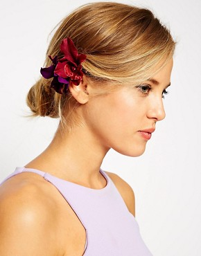 ASOS Pack of 2 Lily Hair Clips