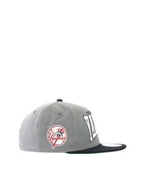 Image 4 ofNew Era 59Fifty Cap NY Yankees