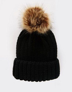 7X Cable Bobble Hat In Faux Fur