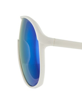 Image 4 ofJeepers Peepers Rena White Visor Sunglasses