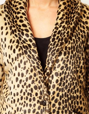 Image 3 ofASOS CURVE Leopard Fur Coat