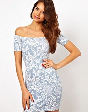 Motel Debbi Off Shoulder Dress In Paisley Print