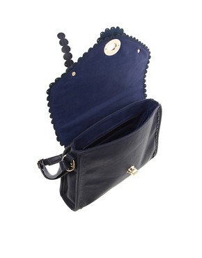 Image 2 ofOasis Scallop Satchel