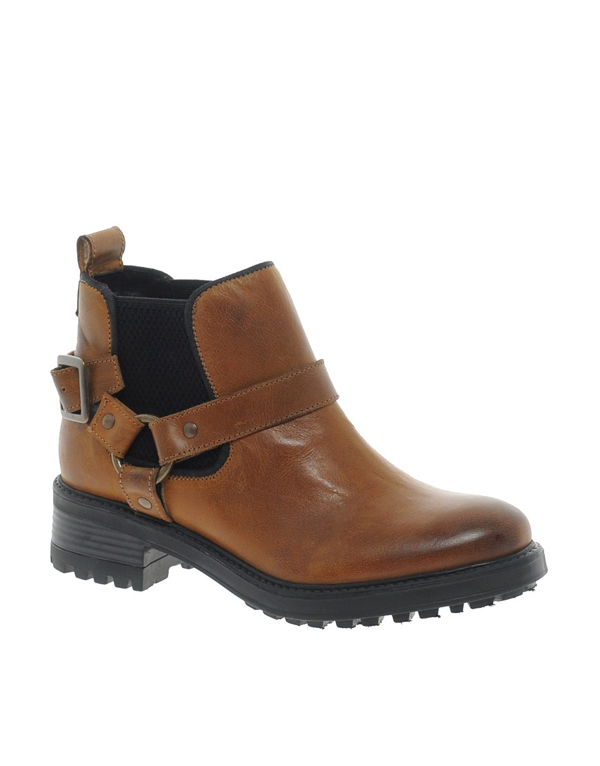 Image 1 of ASOS ALERT Leather Chelsea Ankle Boots