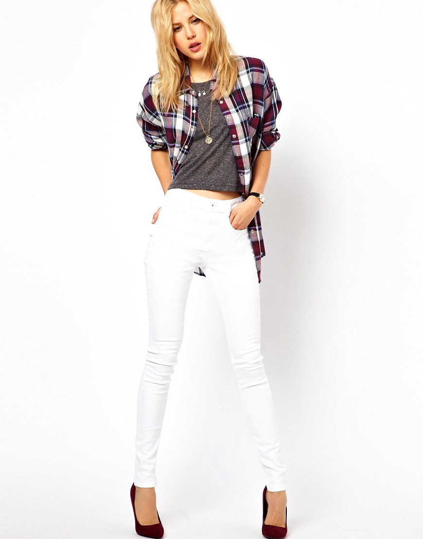 Image 4 of ASOS  PETITE Ridley High Waist Ultra Skinny Jeans In White