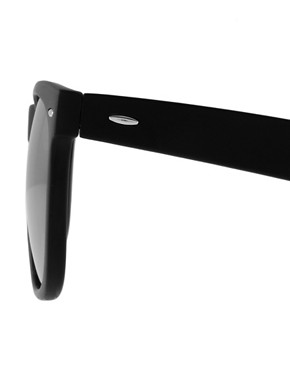 Image 4 ofASOS Large Wayfarer Sunglasses