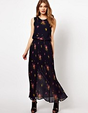 Oasis Open Back Floral Maxi Dress