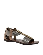 Sam Edelman  Gatsby  Flache Metallic-Sandalen