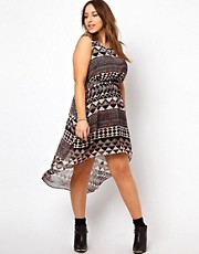 New Look Inspire Dip Hem Printed Dress