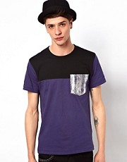 Izzue T-Shirt With Metallic Pocket