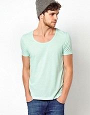 ASOS - T-shirt con scollo rotondo cucito
