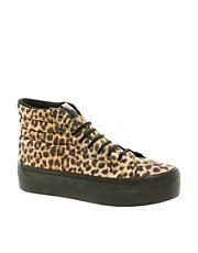 Zapatillas hi-top con estampado de leopardo y plataforma SK8-Hi de Vans