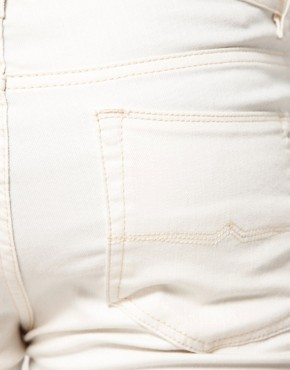 Image 3 ofASOS Super Skinny Jeans In White