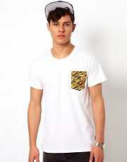 Beck &amp; Hersey T-Shirt with Contrast Pocket