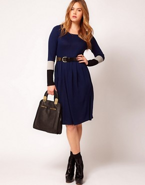 Image 4 ofASOS CURVE Knitted Dress With Colour Block Sleeve