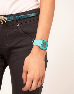 Bild 3 von Timex  80  Pastellblaue Armbanduhr mit Dornschliee