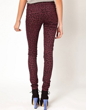 Image 2 ofVero Moda Animal Print Jegging