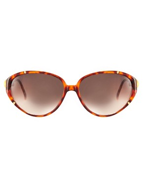 Image 2 ofJeepers Peepers Vintage Exclusive to ASOS Tortoiseshell Cat Eye Sunglasses