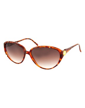Image 1 ofJeepers Peepers Vintage Exclusive to ASOS Tortoiseshell Cat Eye Sunglasses