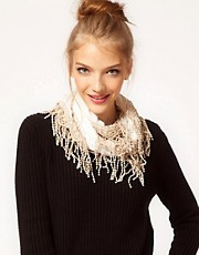 Darling Scarf With Tassel Trim
