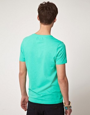 Bild 2 von ASOS  T-Shirt mit bergroem Aztekenmuster