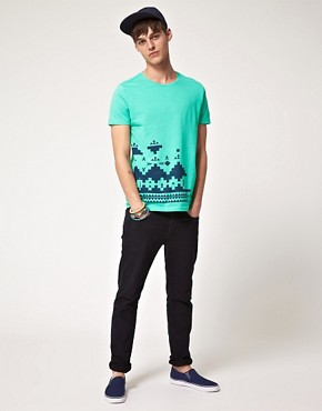 Bild 4 von ASOS  T-Shirt mit bergroem Aztekenmuster