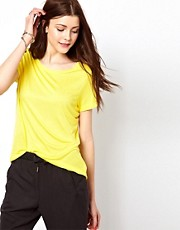 Vero Moda  T-Shirt in strahlender Farbe