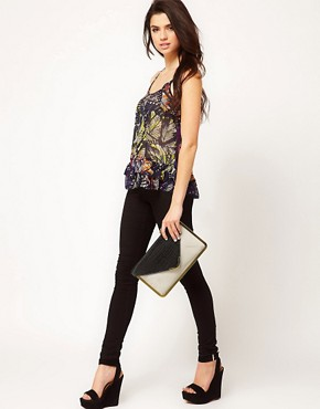 Imagen 3 de Clutch con estructura metlica de ASOS