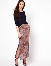 Warehouse Maxi Skirt In Paisley Print
