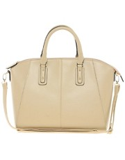 New Look  Wendy  Bowler-Tasche