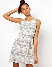 Motel Polly Dress In Pyramid Print