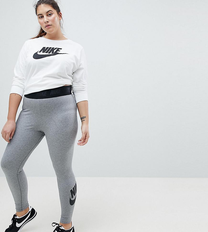 Imagen principal de producto de Leggings de talle alto en gris Leg-A-See de Nike Plus - Nike