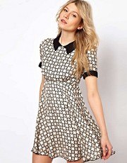 Love Smock Dress In Geo Print With Collar