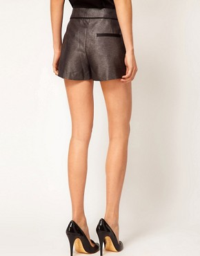 Image 2 of ASOS PETITE Exclusive Shorts With Contrast Detail