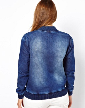 Image 2 ofASOS CURVE Exclusive Bomber In Denim