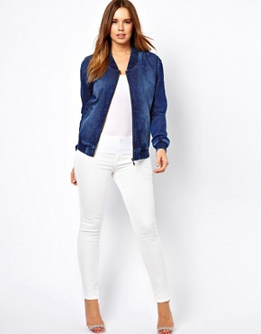 Image 4 ofASOS CURVE Exclusive Bomber In Denim
