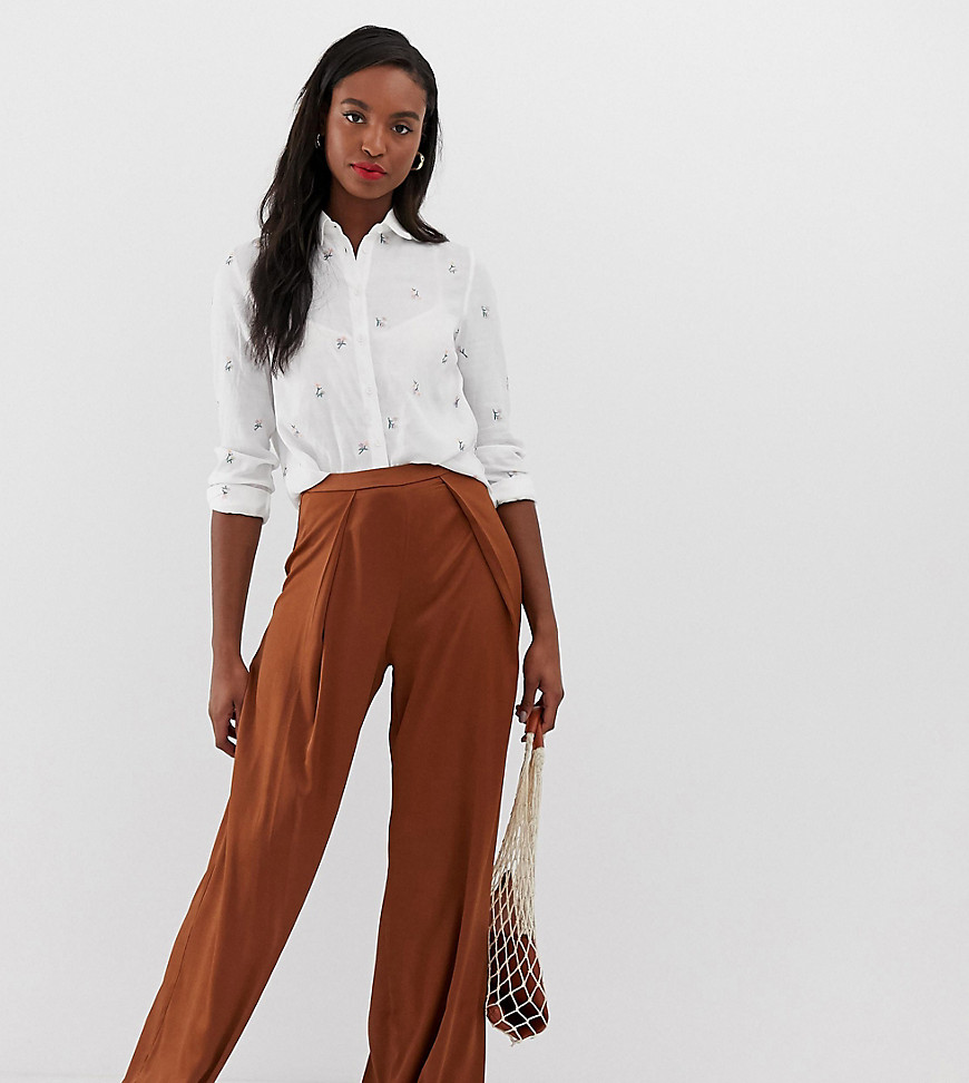 Glamorous Tall - Pantalon large en satin - Marron