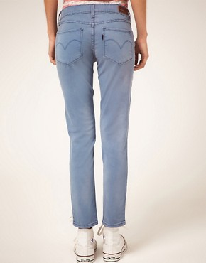 Bild 2 von Levi&#39;s  Curve ID Bold Curve  Enge, knchellange Jeans
