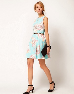 Image 4 ofOasis Dress In Floral Postcard Print