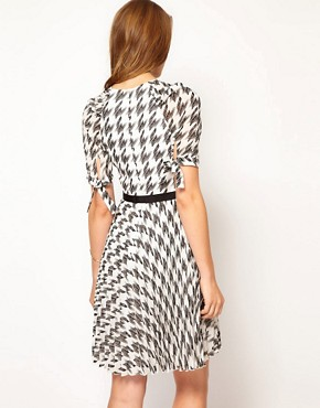 Image 2 ofKaren Millen Checked Dress with Pleated Skirt