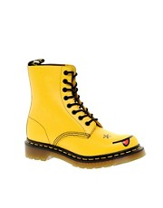 Dr Martens - Hincky - Anfibi giallo acido con Smiley e 8 occhielli