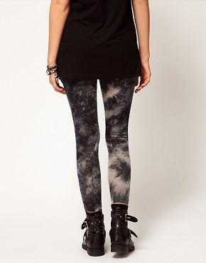 Image 2 ofASOS PETITE Exclusive Leggings In Tie Dye