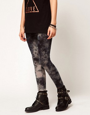 Image 4 ofASOS PETITE Exclusive Leggings In Tie Dye
