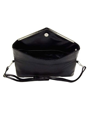 Image 2 ofLiquorish Vintage Style Fold Over Shoulder Bag