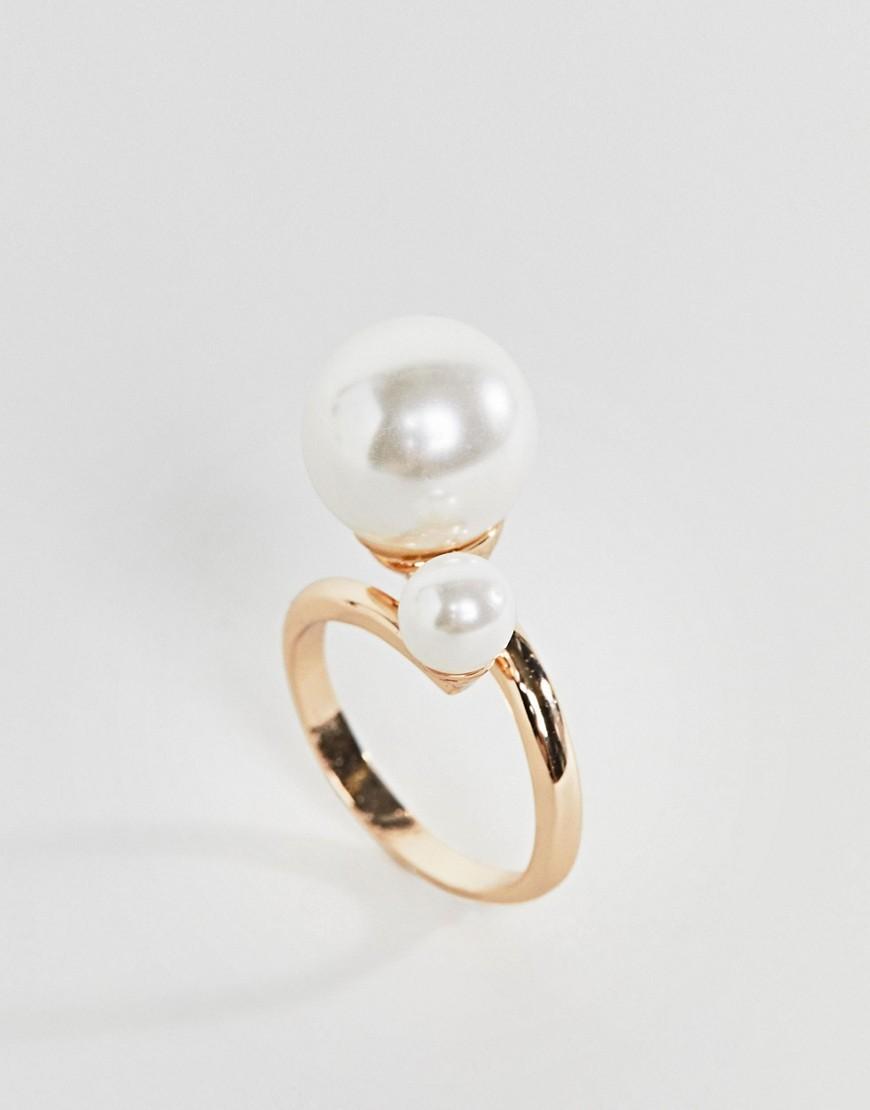 Золотистое кольцо с жемчугом Monki - Золотой
